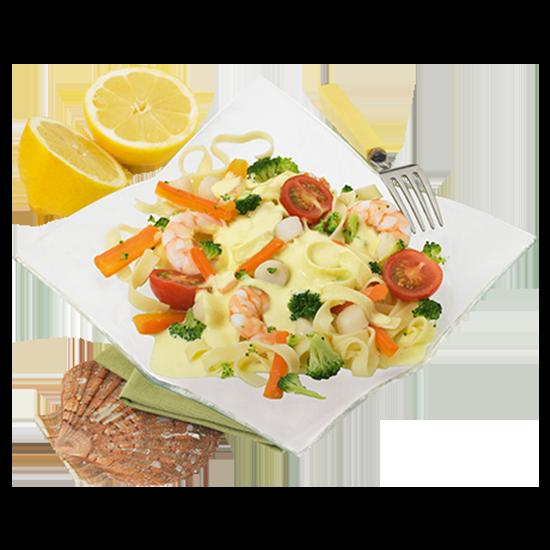 Tagliatelles aux Saint-Jacques* et crevettes, sauce citronnée